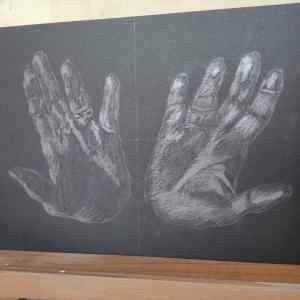 10 Trabajo con grafito sobre papel o cartulina negra